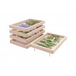 Estantes superpuestos para secar hierbas, plantas aromáticas y especias