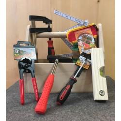 Werkzeugkiste mit richtigem Werkzeug Kinder