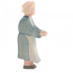 Holzfigur: Großmutter