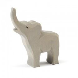 Holztier: Elefant klein trompetend