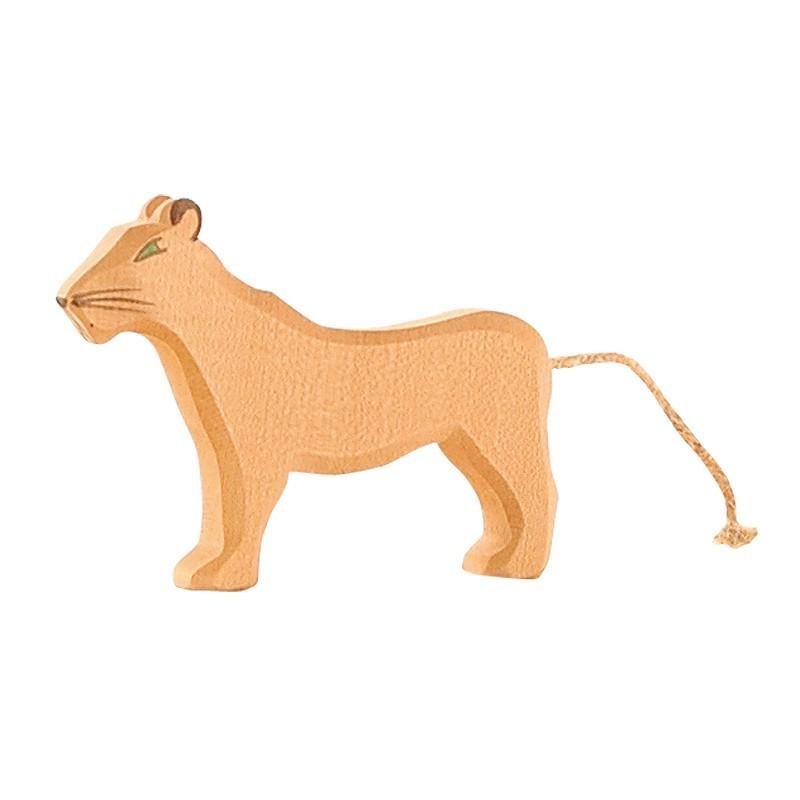Holztier: Löwin