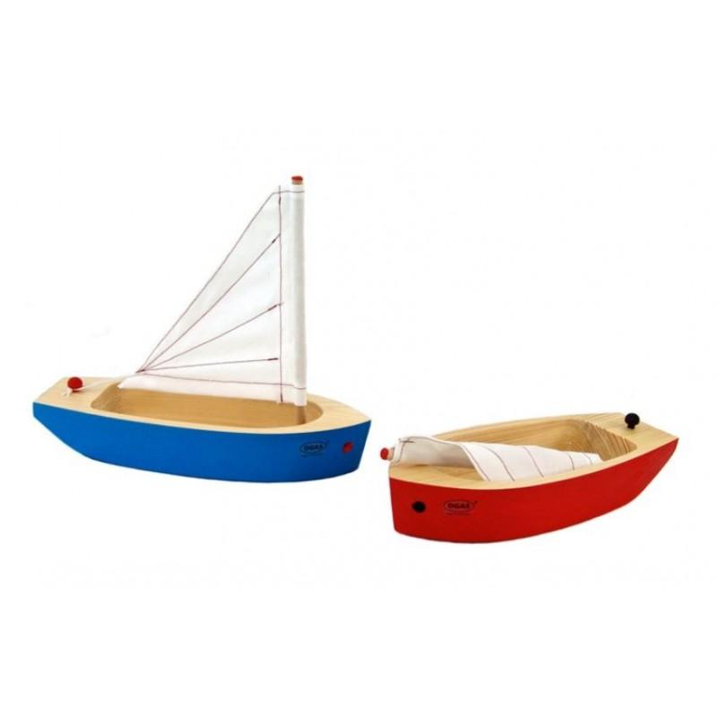 Segelboot mit abnehmbarem Mast